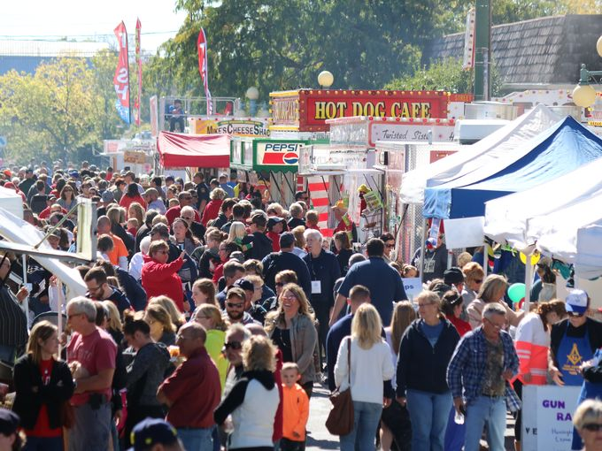 Ottawa County crowd Oak Harbor Apple Festival 2018 image